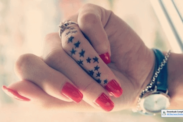Finger tattoos 101 designs types meanings aftercare for Tattoo tip percentage