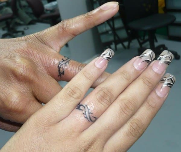 83eea5d090978 Finger Tattoos 101: Designs, Types, Meanings & Aftercare Tips - Wild ...