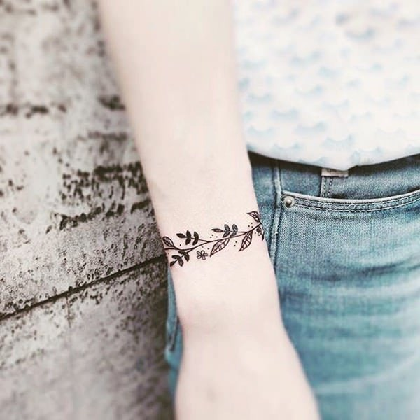 257+ Cute Tattoos for Girls 2019: Lovely Designs with Meaning & Tips 227