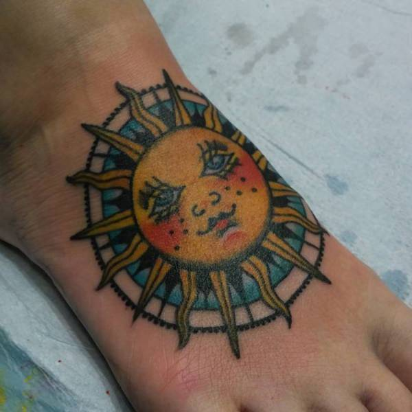 175 Stunningly Hot Sun Tattoos