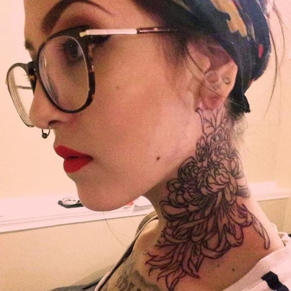 125 top neck tattoo designs this year wild tattoo art for Female neck tattoos