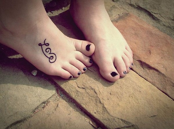125 most popular foot tattoos for women wild tattoo art for Price of small tattoo
