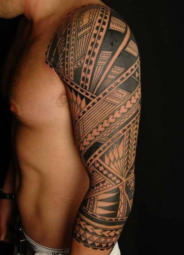 2d66039a55f1f ... tattoos on their hands so they can perform the Kava ritual at  ceremonies. Meanwhile, men tend to go for something simple, such as a design  of a snake ...