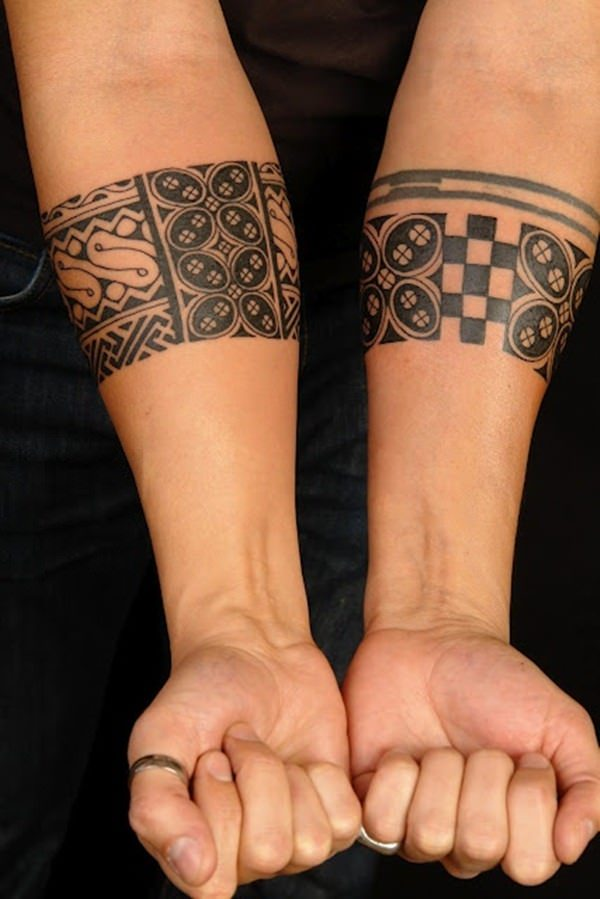 d26e77a45 ... tattoos on their hands so they can perform the Kava ritual at  ceremonies. Meanwhile, men tend to go for something simple, such as a  design of a snake ...