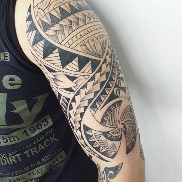 Maori Tattoo Symbols: 125 Maori Tattoos: Tradition And Trend (with Meaning