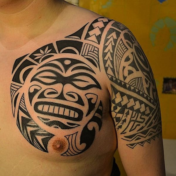 Maori Tattoo For Women: 125 Maori Tattoos: Tradition And Trend (with Meaning