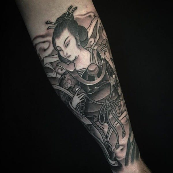 7d4448a5a The tattoo is a half body portrait and it is a symbol of female  empowerment. geisha-tattoo