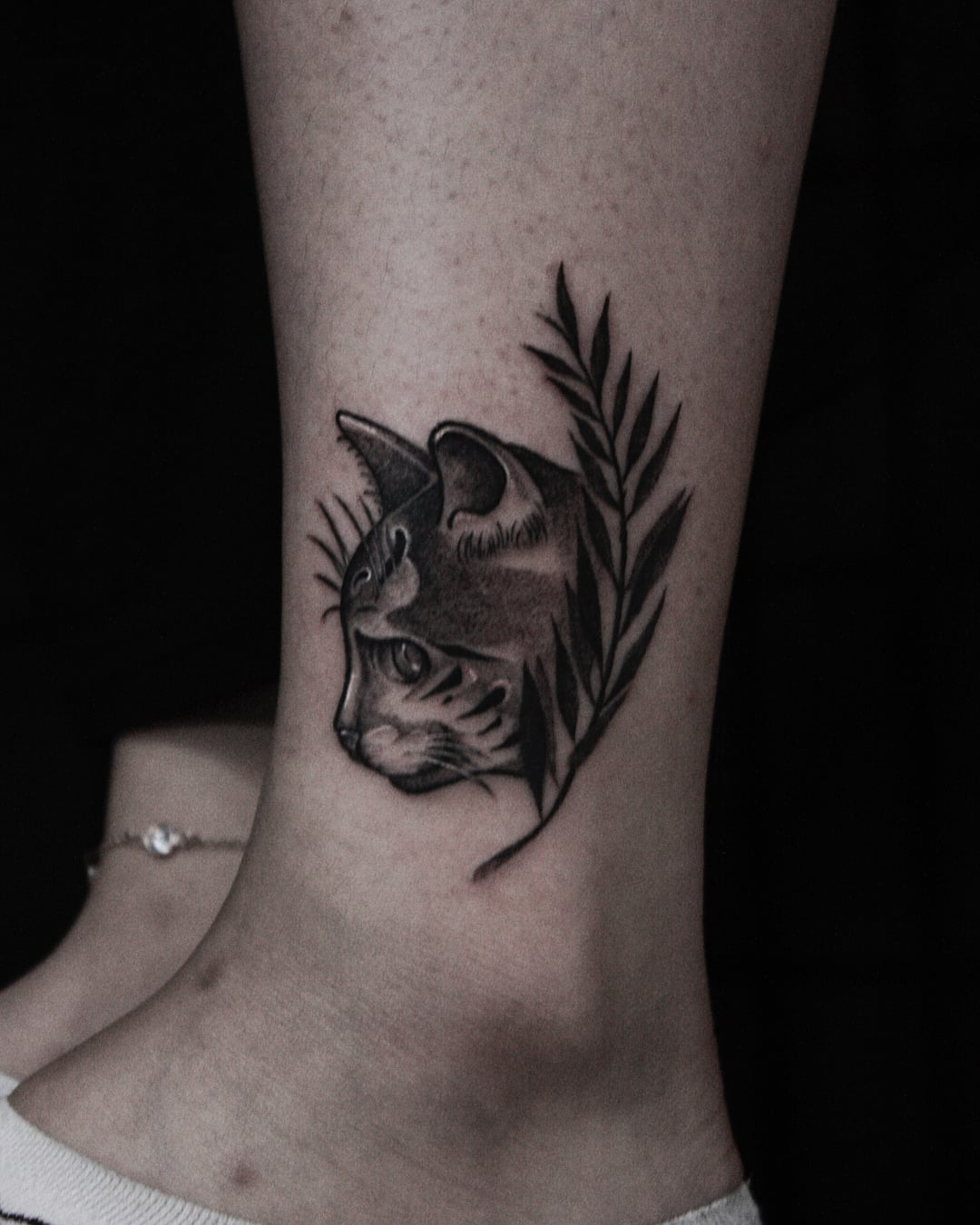 155 Extremely Adorable Cat Tattoos You Should Get This Year