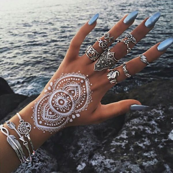 e995f76bf Henna Tattoos: Everything You Need to Know [+100 Great Design Ideas] - Wild  Tattoo Art