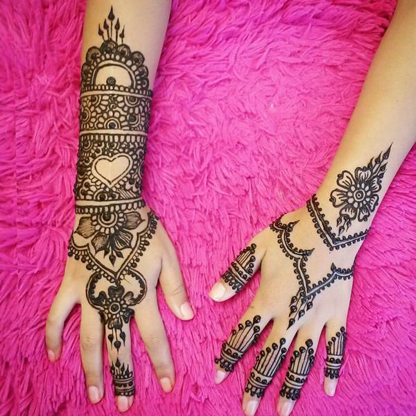 cc9455f57dc39 Henna Tattoos: Everything You Need to Know [+100 Great Design Ideas] - Wild  Tattoo Art
