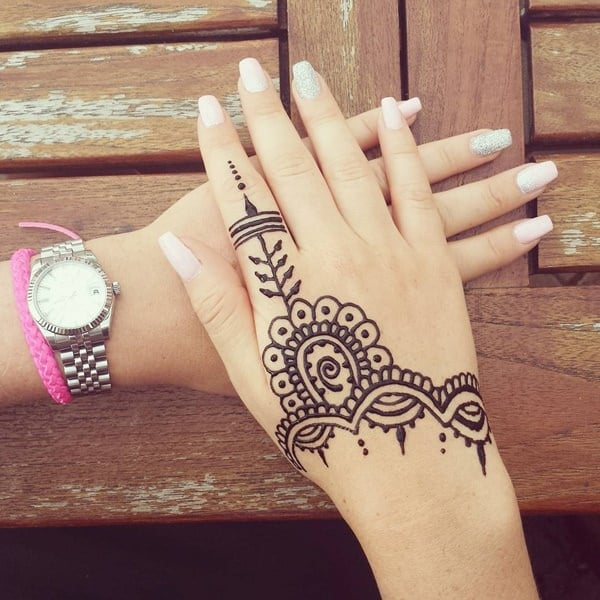 Henna Tattoos Everything You Need To Know 100 Great