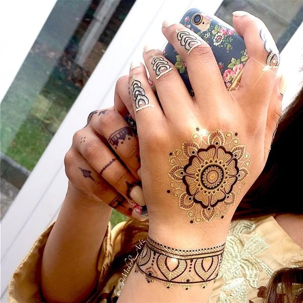 f97cf33fb Henna Tattoos: Everything You Need to Know [+100 Great Design Ideas] - Wild  Tattoo Art