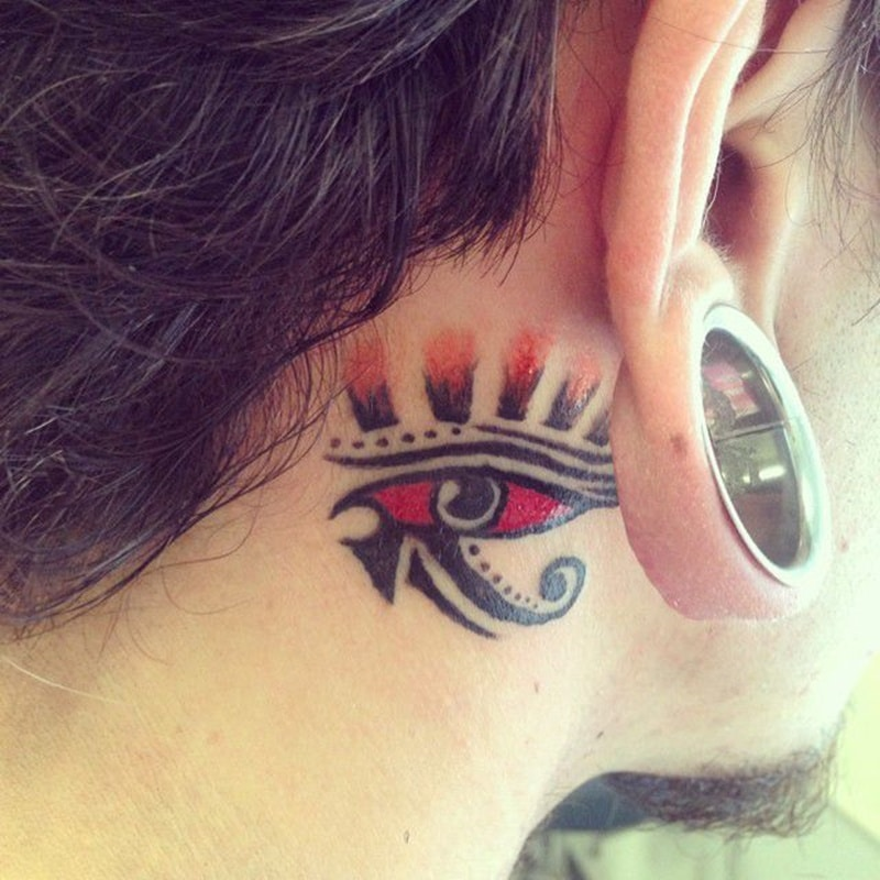 behind-the-ear-tattoo